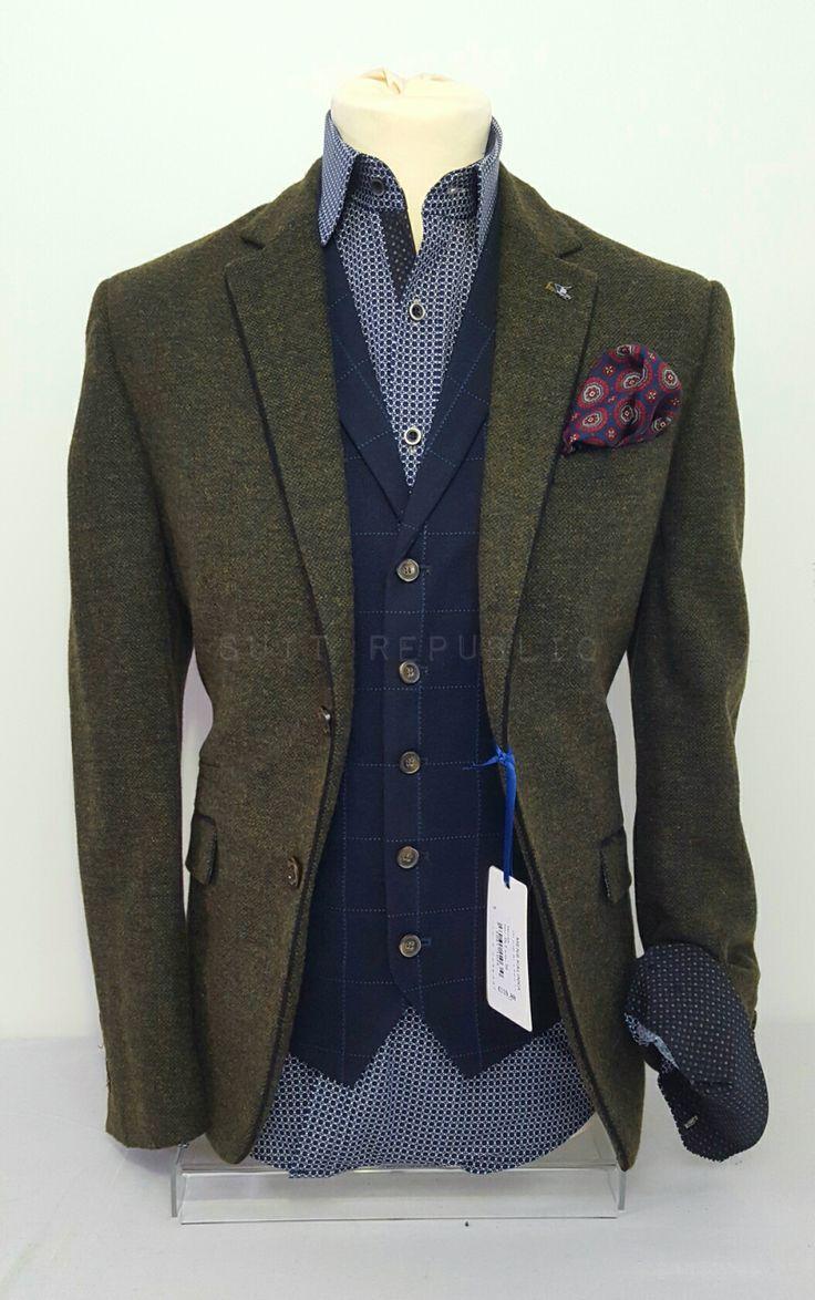 Kalinka Olive Blazer  Suit Republic.ie €119