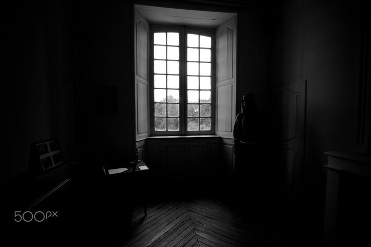 The strange - Abadia de Celles-su-Belle, França