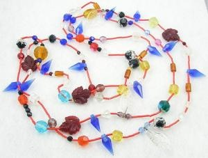Pressed Glass Leaves and Glass Beads Rope Necklace $62.00: Glasses Beads, Clear Glasses, Pressed Glass, Vintage Glasses, Glasses Leaves, Press Glasses, Glass Beads