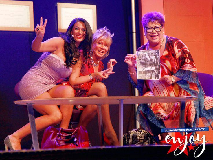 Pamela Díaz, Raquel Argandoña y Paty Maldonado en plena función de Las Indomables en Enjoy.