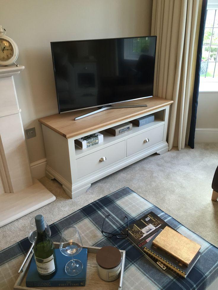 Nice TV unit