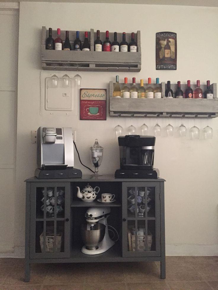 Wine And Coffee Bar, Coffee Bar Home, Home Coffee Stations, Coffee And Books, Hot Coffee, Coffee Bar Ideas, Coffee Bars, Black Coffee, Coffee Break