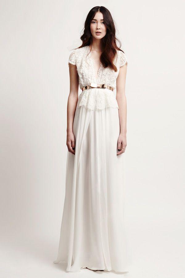 1000 bilder zu white wedding auf pinterest oscar de la renta hochzeitskleider und marchesa. Black Bedroom Furniture Sets. Home Design Ideas