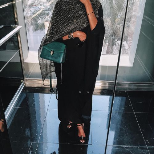 koodiiz:  Abaya of the day ✨   X