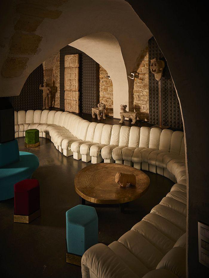 Un Hotel Particulier Au Coeur Du Marais Hotel Particulier Architecte Interieur Et Decoration
