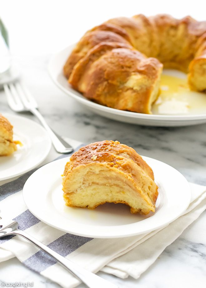 caramel-croissant-bread-pudding-flan