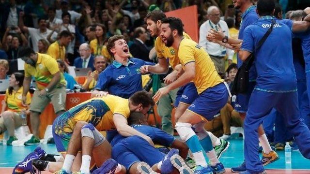 Les Brésiliens font chavirer le Maracanazinho