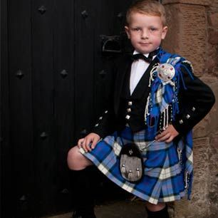 Men+in+Kilts+Exposed+Pictures+Highland | Kilts and Authentic Kilt Outfits by Scotweb Kilt and Tartan Store
