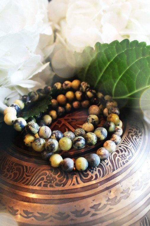 Serpentine Crystal Bracelet for Balance Kundalini by ShopLoveTree