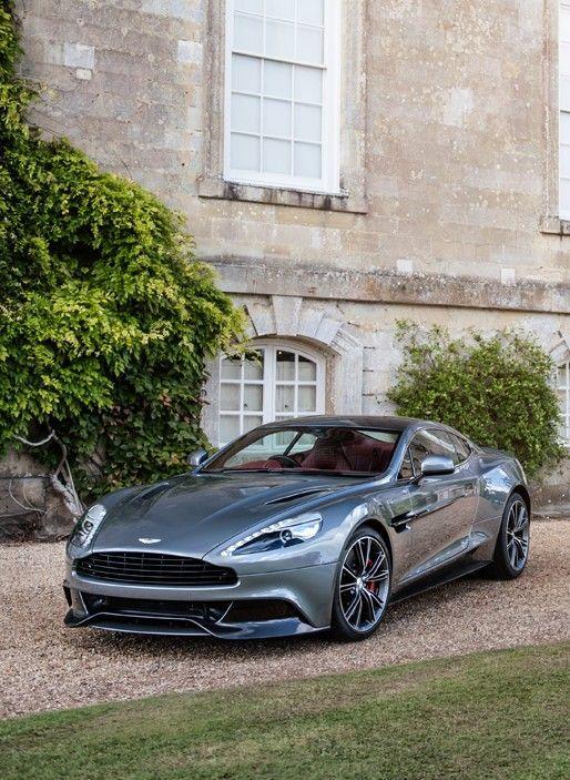 Aston Martin Vanquish - https://www.luxury.guugles.com/aston-martin-vanquish-7/