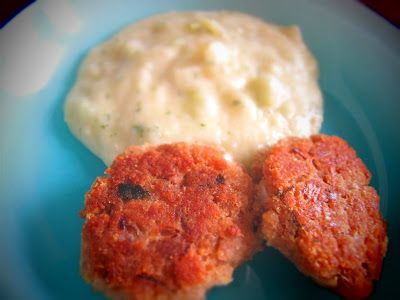 Tuna patties with celery mashed potatoes
