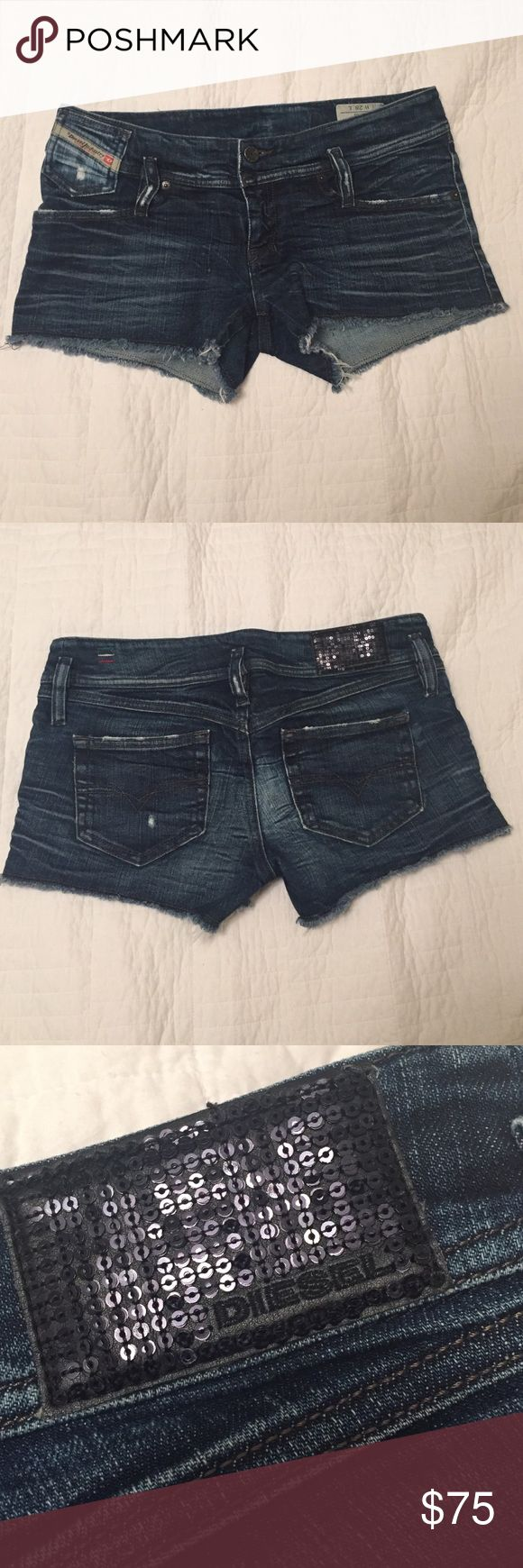 Diesel Denim Shorts Amazing Diesel shorts worn a few times but are in new condition! These have never been altered or cut! Originals! Put in an reasonable offer! Diesel Shorts Jean Shorts