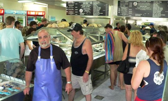 Peter's Fish Market, Seaworld Drive Mainbeach - The best fish chips & seafood on the Gold Coast