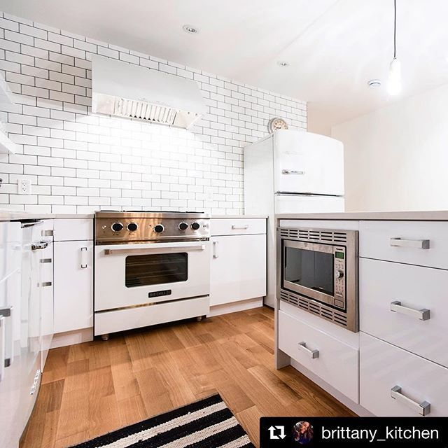 Wow! Check out our beautiful Big Chill appliances in this stunning white kitchen by @brittany_kitchen