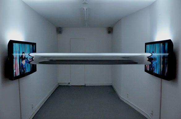 Antoine Catala. Topologies, 2010. Vidéos, écrans numériques/Video, digital picture frame. Dimensions variables. Courtesy 47 Canal, New York