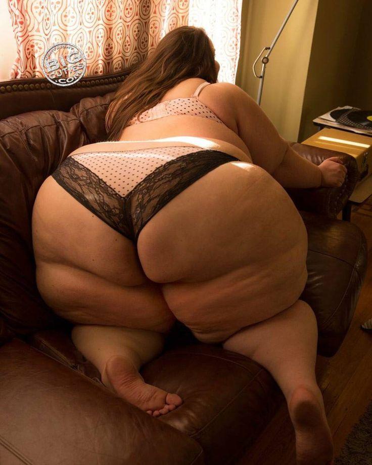 Obese Ebony 117