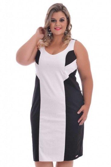 Vestido Duo Lady. Vestido sem mangas com recorte duplo, detalhe na cor preta e branca responsável por ajudar acentuar a silhueta, a peça possui fechamento por zíper traseiro e um ótimo caimento no corpo.
