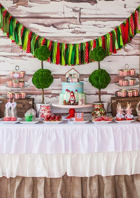 Love table set up for a little red riding hood theme party