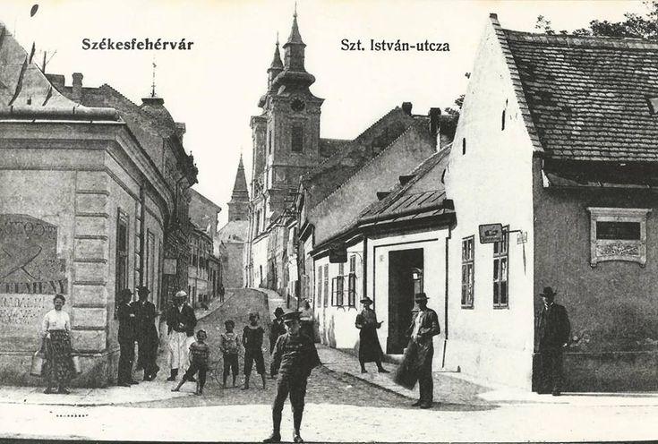 Az 1910-es években. Mai neve Arany János utca. /Ismeretlen fotós/