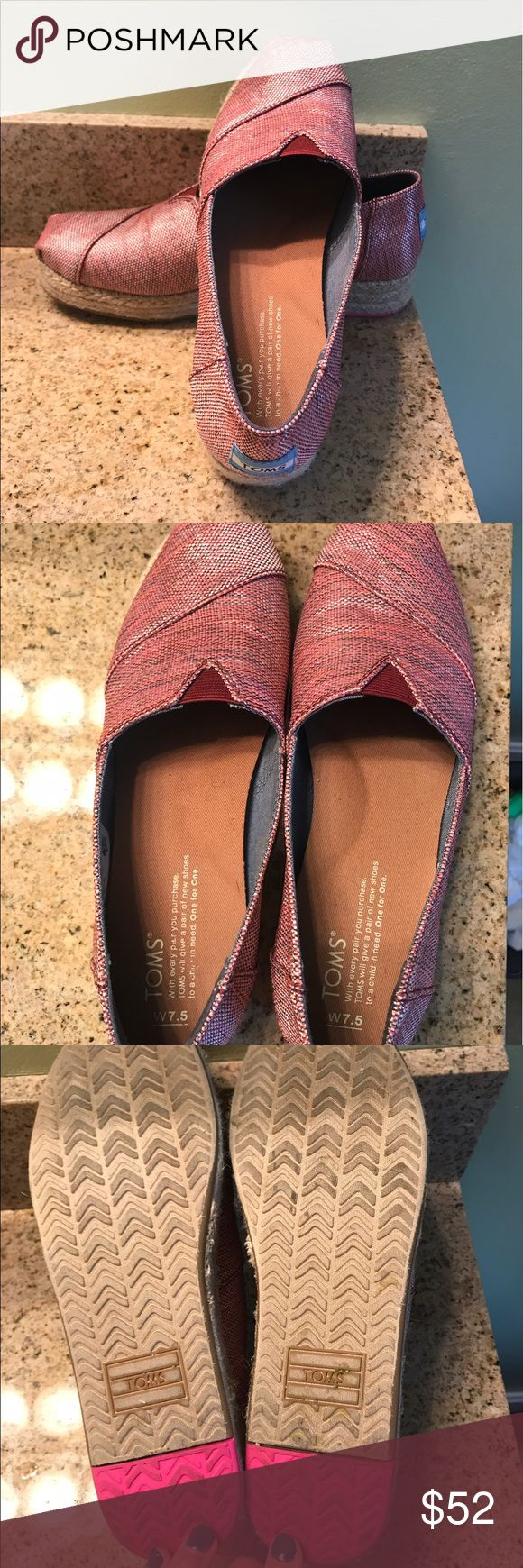 TOMS ESPADRILLES SIZE 7.5 MAGENTA TOMS SIZE 7.5 ESPADRILLES MAGENTA - WORN ONCE. In perfect condition, flawless. TOMS Shoes Espadrilles