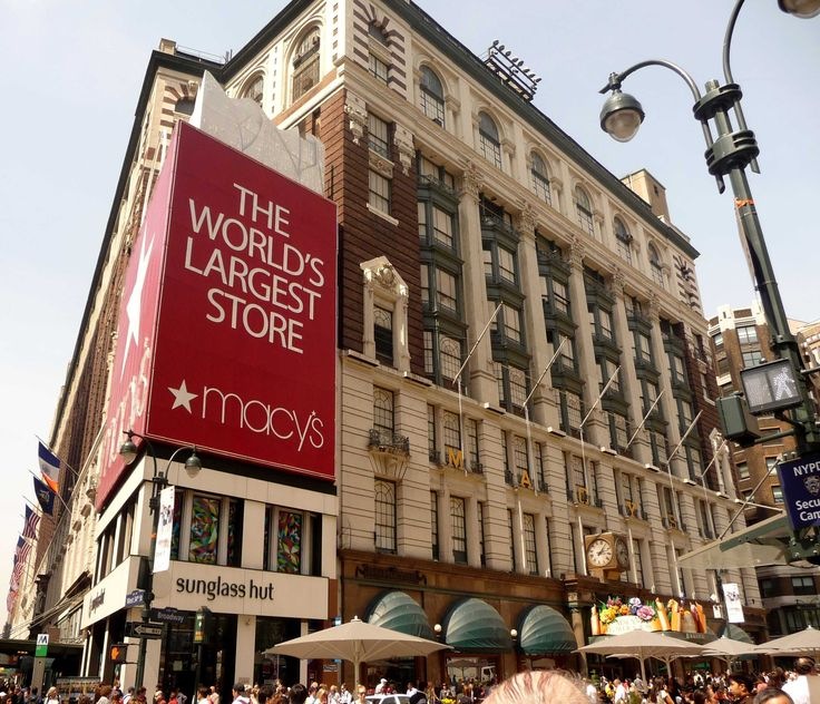 Day 3 - Macy's: the biggest.