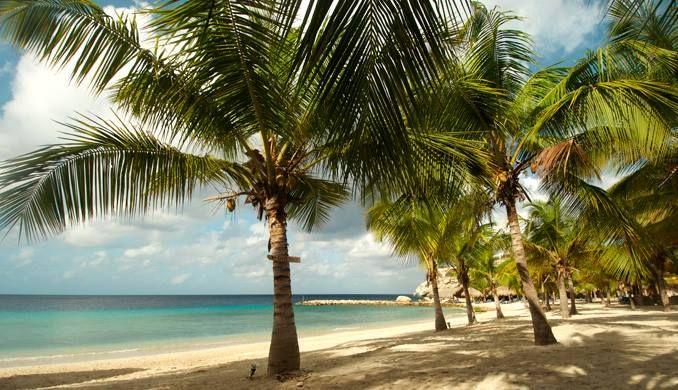 het strand bij Blauw Baai @ Curacao