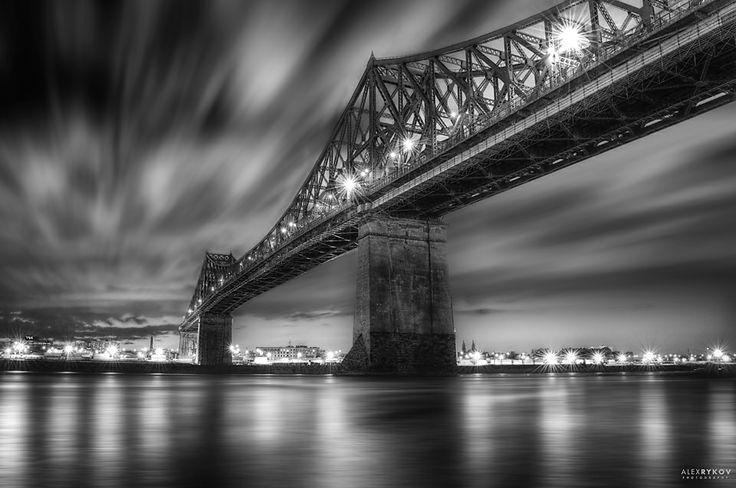 Jacques-Cartier bridge by night  www.alexrykov.com