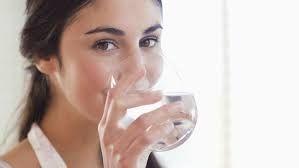 Selamat datang diblog Mela Information, kali ini akan membahas tentang Manfaat Air Putih Bagi Kesehatan Tubuh Manusia.