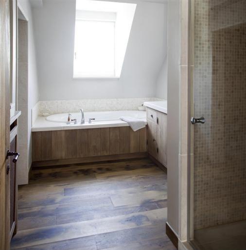 25 beste idee n over rustieke badkamers op pinterest badkameridee n badkamers en - Deco badkamer hout ...