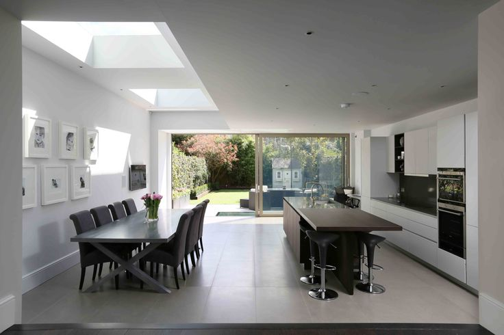 Side return in terrace house in Fulham by Design2finish