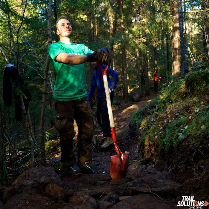 This site talks about how a sustainable trail building school taught people how to create trails in the Norwegian country side. The trails this school creates are both enjoyable by mountain bikers and hikers alike as well as creating a minimal impact on the forest itself.