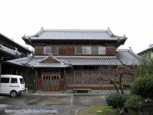 Oltre 25 fantastiche idee su case di legno su pinterest for Tetti giapponesi