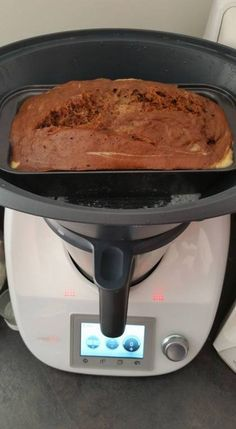 Marble cake steam cooked in the Varoma (yes really!) The French Thermomix Facebook groups went completely wild for this recipe this weekend and having tried it myself now, I have to say WOW, just W…