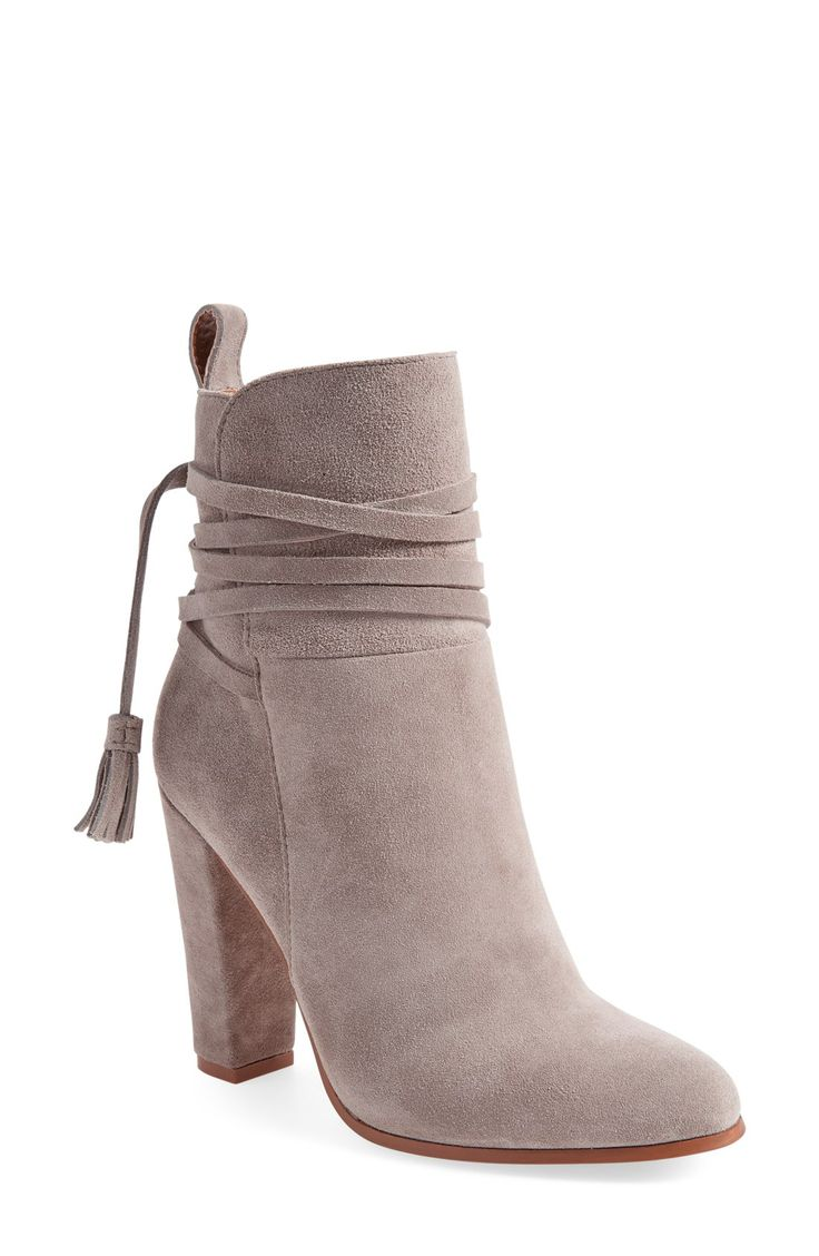 'Glorria' Block Heel Bootie (Women)