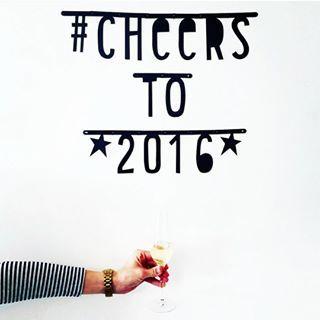 #Wordbanner #tip: Cheers to 2016 - Buy it at www.vanmariel.nl - € 11,95