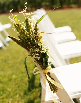 another ceremony decor possibility, except with lavendar
