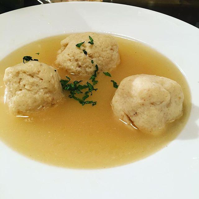 Matzo Balk Soup - Chef Dqs first try ...