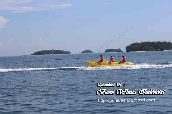Banana Boat Pulau Sepa Pulau Seribu