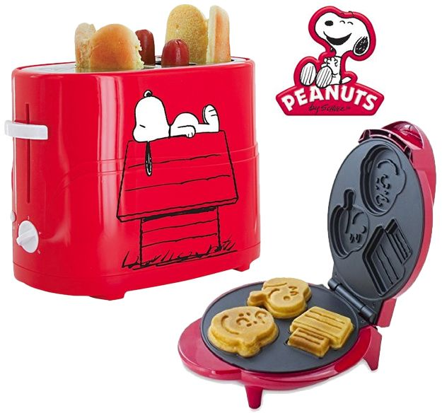Conexão Décor www.conexaodecor.com Cozinha criativa no blog da Conexão Décor. Cozinha Peanuts Snoopy: Torradeira de Hot-Dog e Máquina de Waffle ConexãoDecór