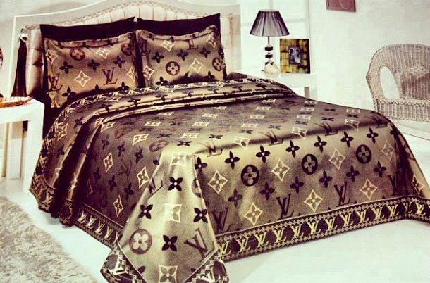 louis vuitton bed set