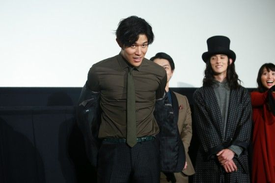 白石隼也&鈴木亮平が『彼岸島』丸太にヒットを願う?フォトギャラリー