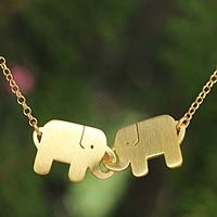 Elephant necklaces? I'm in love!