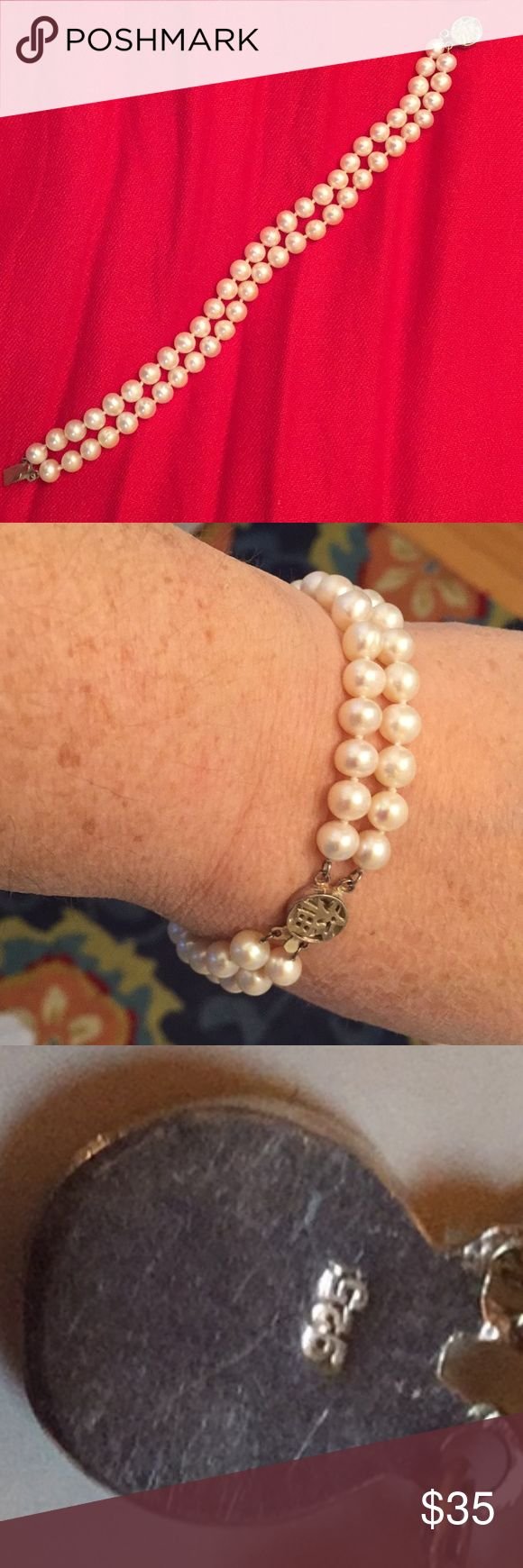 DOUBLE WHITE FRESHWATER PEARL BRACELET - 8 INCH!!! 8 INCH FRESHWATER PEARL DOUBLE STRAND BRACELET WITH  STERLING SILVER BOX CLASP - MARKED 925   PEARLS ARE PRETTY WHITE  - NOT CREAM - NOT RIBBED  KNOTTED BETWEEN PEARLS  PEARLS MEASURE APPROXIMATELY 5-6mm SEE PHOTO Jewelry Bracelets
