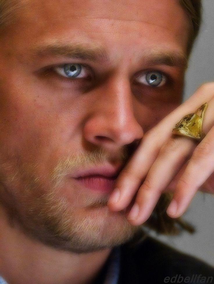 Gorgeous eyes! I love Charlie! I need a man who looks just like him!