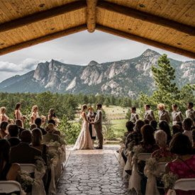 A peaceful nature-inspired wedding in Estes Park. Gorgeous background, I love mountains!