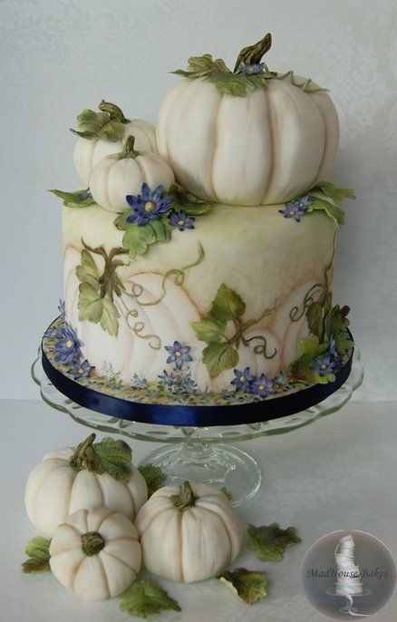 White Pumpkins Cake  ~  hand pained and all edible ~ ♥♥♥♥♡♡♡♡♡♥♥♥