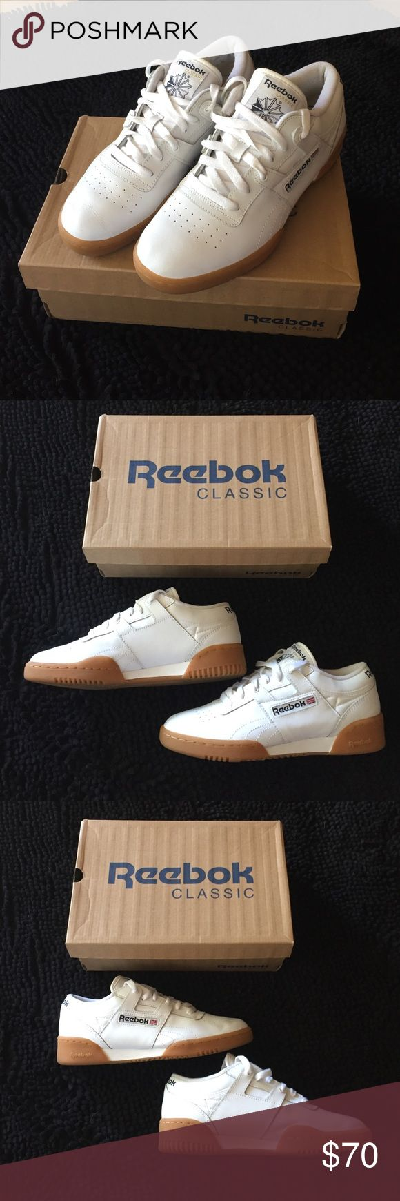 White Reebok Classic Workout Low Gum Sole M7 W 8.5 White Reebok Classic Workout Low with Gum Sole, Men's 7, Women's 8.5-9. Lightly worn, as I need a half size larger. With original box. LOVE these sneakers-- very European chic. Reebok Shoes Sneakers