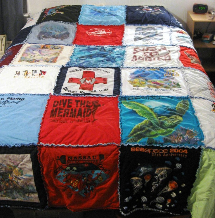T Shirt Quilt Pattern Queen : Pin by Amy Vaughan on Nifty Gifties Pinterest