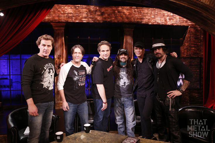 "THE WINERY DOGS AND VINNIE PAUL DROP BY THIS WEEK'S EPISODE OF VH1 CLASSIC'S ""THAT METAL SHOW"""