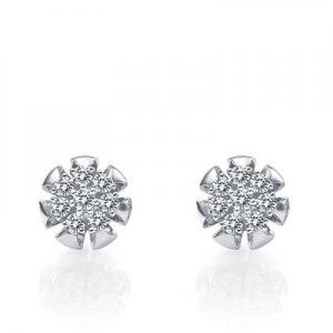 Dainty and Beautiful Diamond Earrings on 18K White Gold